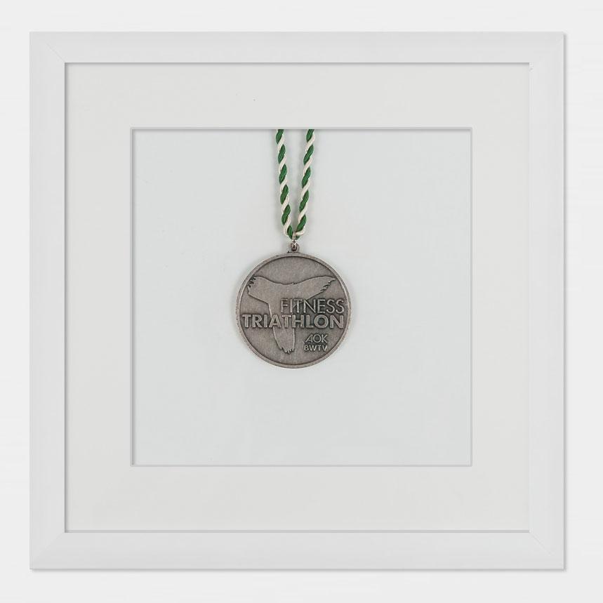 Marco para medallas 20x20 cm, blanco