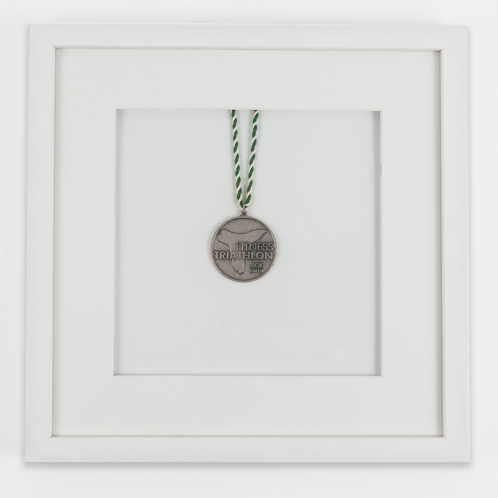 Marco para medallas 30x30 cm, blanco