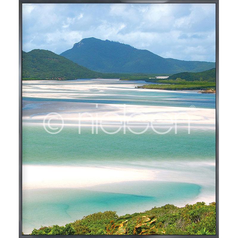 """Imagen con marco """"White Haven Beach"""" con marco de alumino Alpha"""