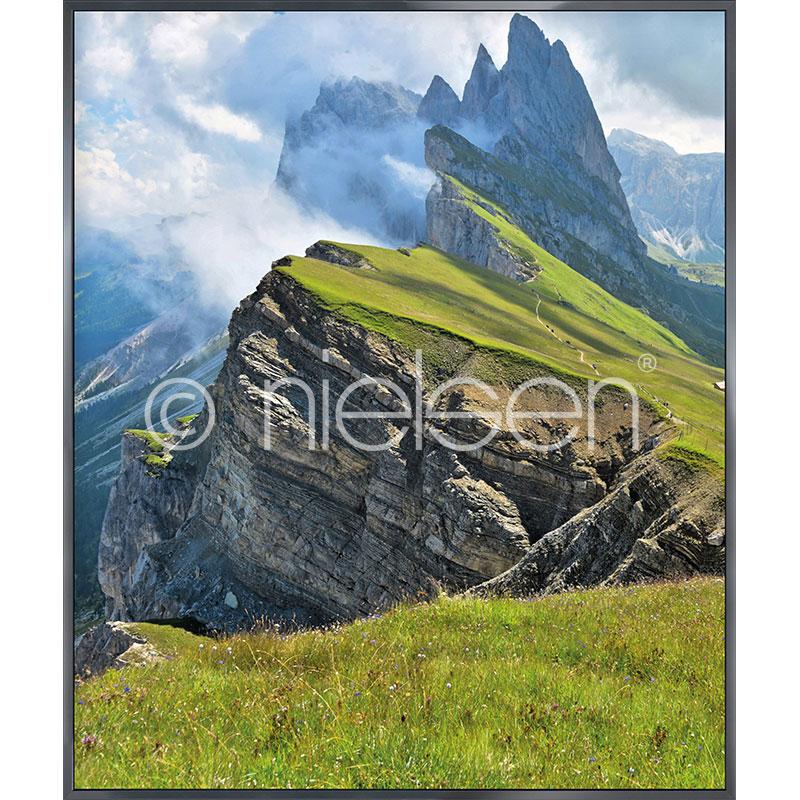 """Imagen con marco """"Mountain Range"""" con marco de alumino Alpha"""
