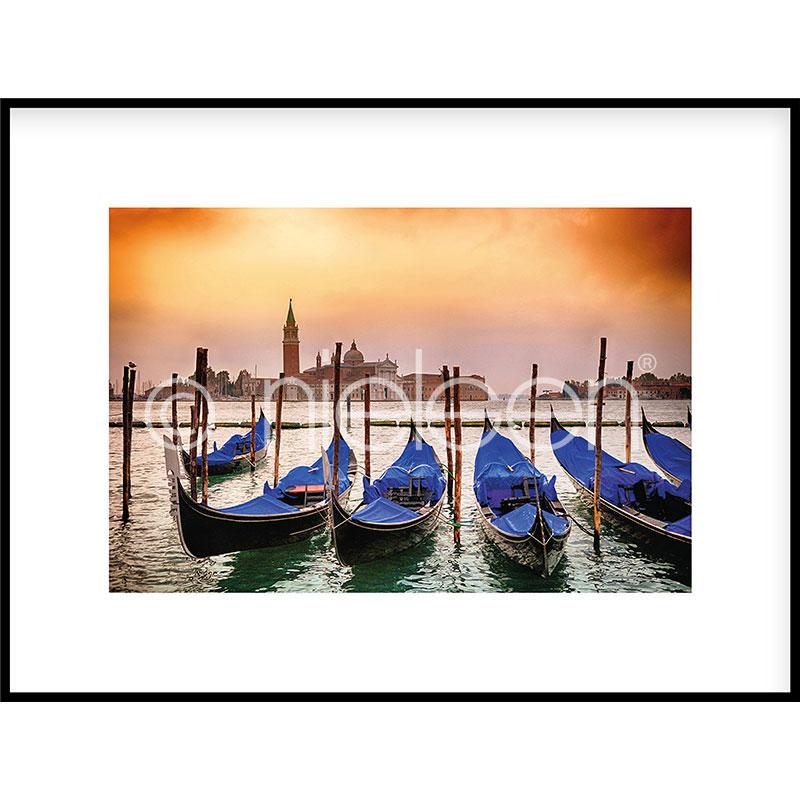 """Imagen con marco """"Gondolas moored"""" con marco de alumino C2"""