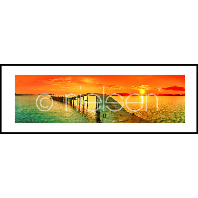 "Imagen con marco ""Footbridge Sunset"" con marco de alumino C2"